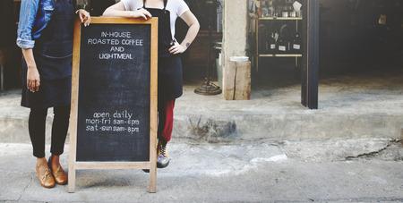 Cafetaria Barista Serveerster Contemporary Bistro Concept