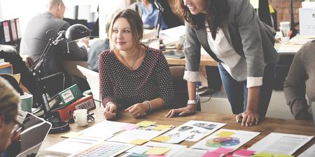 Biznes Ludzie Meeting Design Ideas Concept Zdjęcie Seryjne