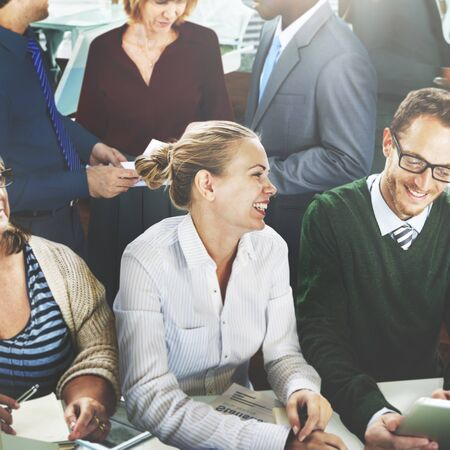 reunion de trabajo: La gente de negocios Reunión de Comunicación Trabajo en equipo concepto corporativo