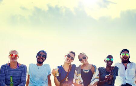 AMIGOS: Amigos Beach Party vacaciones Concepto Chilling