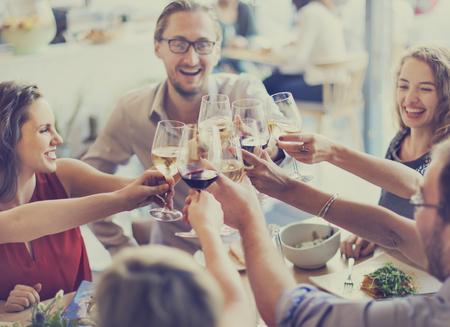 Dîner salle à manger Concept Acclamations Wine Party Banque d'images - 53070117