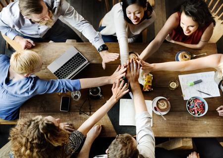 Team Unity Friends Meeting Partnerschaftskonzept