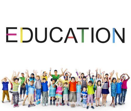 conocimiento: Educación Conocimiento Estudiando Concepto Universidad Foto de archivo