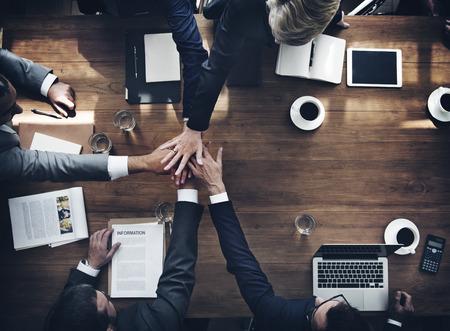 ビジネス: ビジネス人チームワーク連携関係概念 写真素材