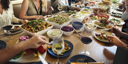 Kolacja w formie bufetu jadalnia jedzenie Celebration Party Concept