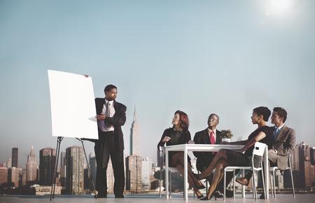 Affaires Chef d'équipe réunion sur le toit Concept Banque d'images