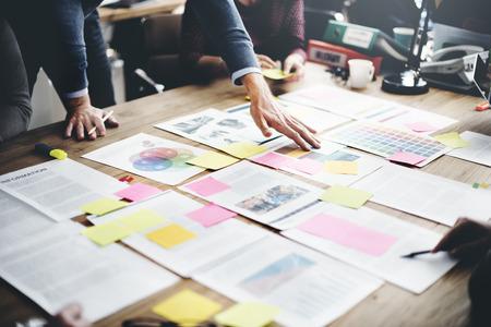 administracion de empresas: La gente de negocios Reuni�n Design Ideas Concept