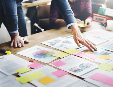 administracion de empresas: La gente de negocios Reunión Design Ideas Concept