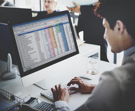 contabilidad: El hombre de negocios de Trabajo de Contabilidad Estadísticas Estadísticas Concept