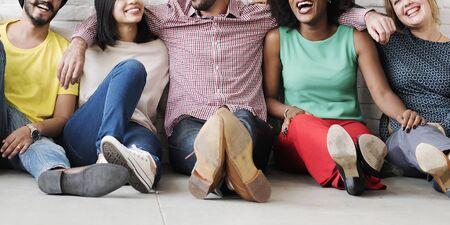 Ocio Trabajo en equipo felicidad inconformista concepto etnia