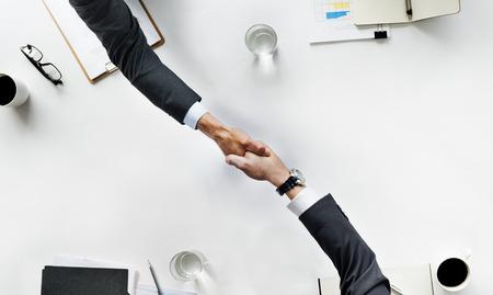 사업 팀 Meetng 핸드 셰이크 박수 개념