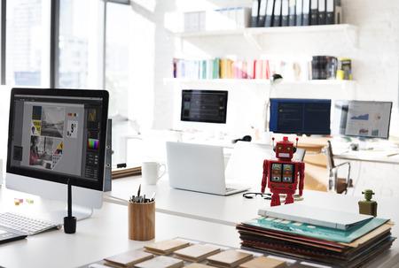 Design Studio Idee Kreativität Holzpalette Dekoration Konzept Standard-Bild
