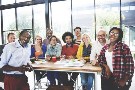 사람들 회의 통신 Corpoate 팀웍 성장 개념