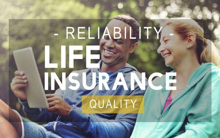 seguro: Concept Living calidad del seguro de vida Fiabilidad