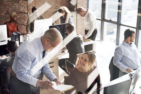 empleado de oficina: La gente de negocios Reunión de Trabajo Discusión concepto de oficina
