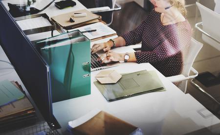 Servicio al Cliente de Trabajo Comunicación concepto de la ayuda