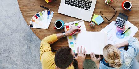 Personnes Corporate Meeting design Créativité Concept d'ordinateur portable