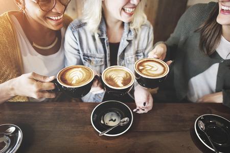 女性友人楽しみコーヒー回コンセプト