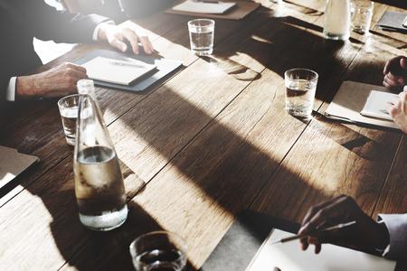 Zakenmensen Meeting Discussie overeenkomst Onderhandelen Concept Stockfoto