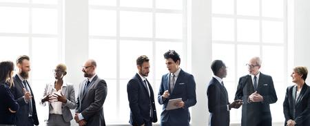 ビジネス グループ会議議論戦略概念の作業