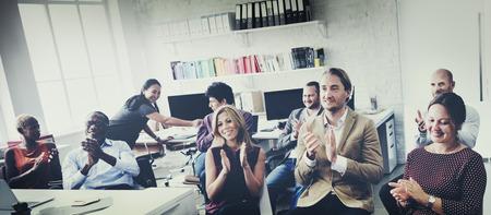 reunion de trabajo: La gente de negocios del Público Concepto de formación de aprendizaje
