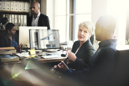 trabajando en equipo: Coooperation Archievement Concepto Trabajo en equipo corporativo