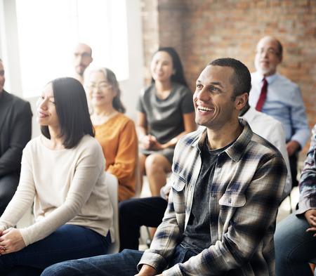 기업 세미나 컨퍼런스 팀 협업의 개념