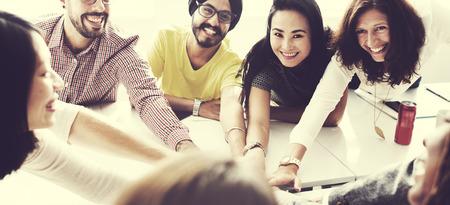 참가 파트너십 컨셉을 즐기는 협력 스톡 콘텐츠