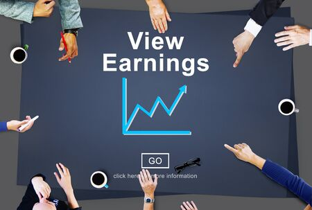 ganancias: Ver los ingresos de Presupuesto y Finanzas de Inversiones Concepto Ingresos Foto de archivo