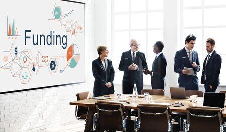 Die Finanzierung Invest Finanz Geld-Budget-Konzept Standard-Bild