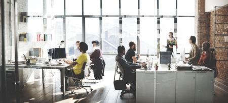 Business Team Besetzt Arbeits Reden Konzept