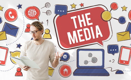 ソーシャルネットワー キングのオンライン接続コンセプト メディア社会