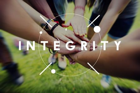 integridad: La imparcialidad integridad Honestidad Lealtad Concepto motivación moral Foto de archivo