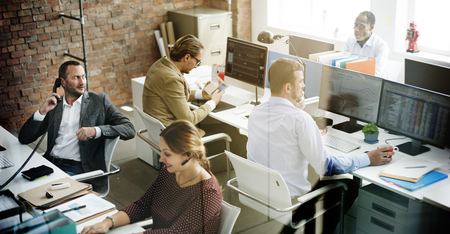 administracion de empresas: La gente de negocios Reuni�n de Trabajo Discusi�n concepto de oficina