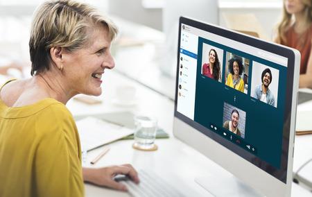 Groupe Friends Video Concept Chat Connexion Banque d'images