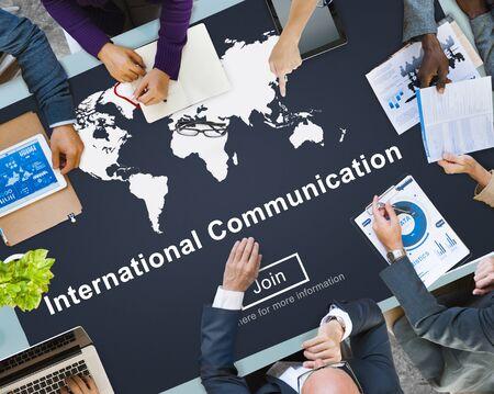 communicate: Internacional de Comunicaci�n Global Concept Comunicaci�n