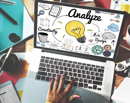 Analyze concept on a laptop 版權商用圖片
