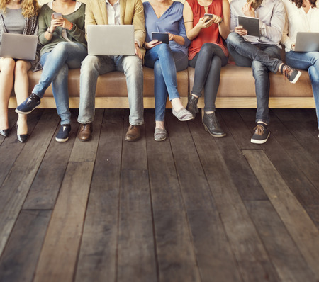 Diversiteit Mensen Connection Digital Devices Browsing Concept Stockfoto - 54311881