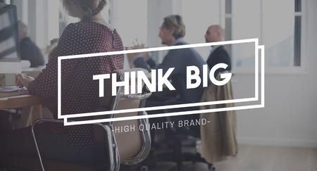 optimismo: Think Big optimismo Intenci�n Concepto Pensamiento positivo