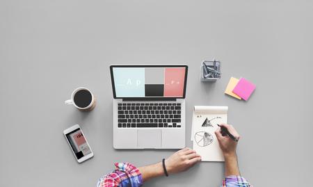 Computer-Laptop, Zeichnen, Arbeiten Desk-Konzept