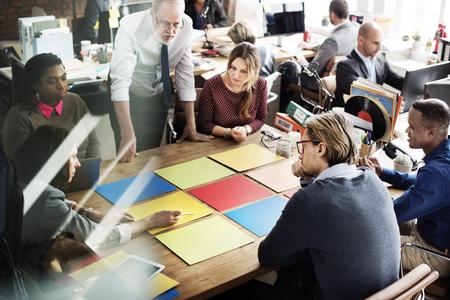 Reunión del Equipo de negocios Concepto de Planificación de Proyectos
