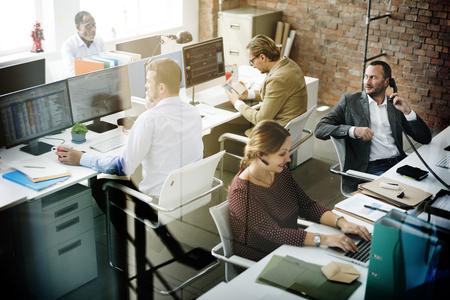administracion de empresas: La gente de negocios Reunión de Trabajo Discusión concepto de oficina