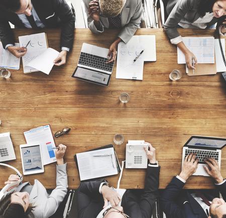 비즈니스 사람들 통계 금융 개념 분석