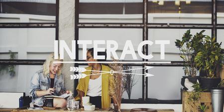 comunicarse: Conectar interactúan Comunicar Concepto de Información