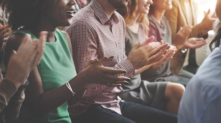 Аудитория Зааплодируйте Аплодисменты счастье Оценка Обучение Концепция