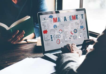 coordinacion: Concepto Coordinaci�n estrategia de gesti�n de negocios Foto de archivo