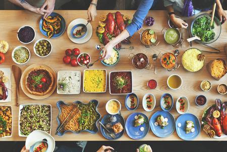 Brunch Scelta Folla pasti mangiare cibo Concetto Archivio Fotografico