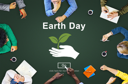 educacion ambiental: Earth Day Environmental Conservation Website Online Concept