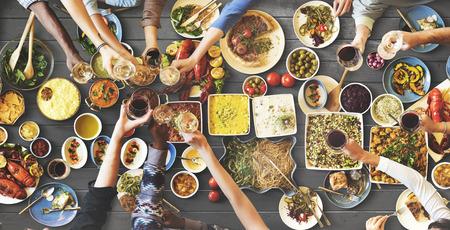 Vrienden Geluk Genieten Dinning eten concept Stockfoto