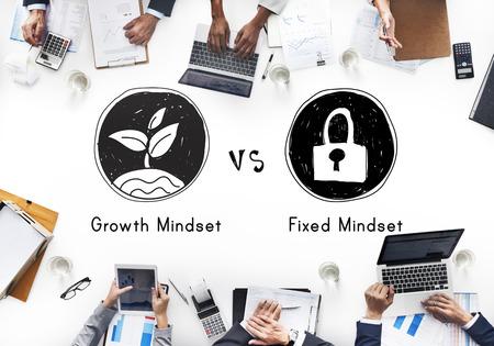 Mindset Tegenover Positiviteit Negativiteit Denken Concept Stockfoto - 54864087
